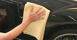Proteja o seu Carro com um Cera para Proteção Apropriada